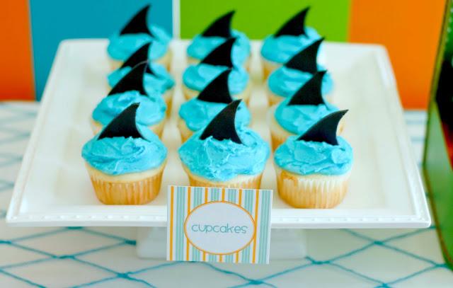 shark-cupcakes.jpg
