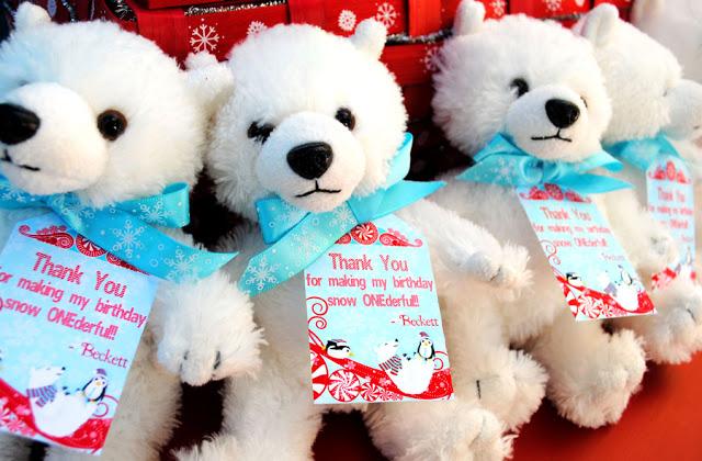 27+GWD+Winter+Onederland+Polar+Bears+2.jpg