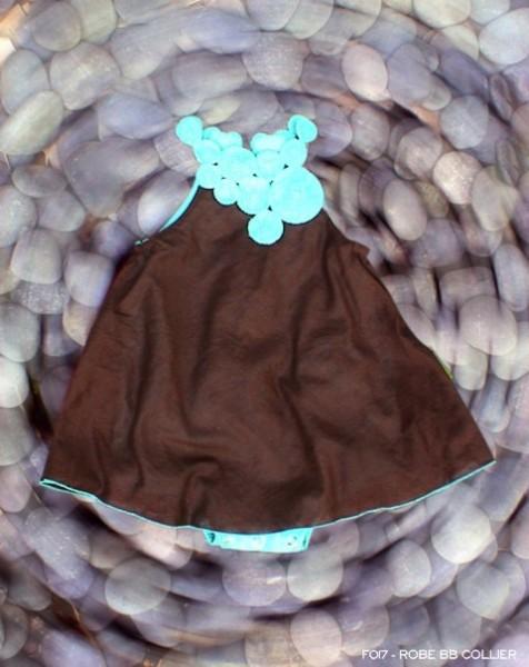 robe-bb-collier